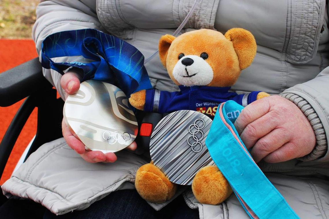 Teddy-Bär auf großer Fahrt und im Goldrausch.jpg